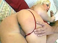 Blond milf gives blowjob